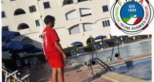 Cellole – Bimba rischia di annegare in piscina, salvata dal bagnino