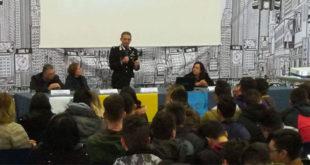 Sessa Aurunca – Convegno sull'ambiente: All'ISISS Taddeo da Sessa parla il generale di brigata dei Carabinieri forestali di Stato, Sergio Costa