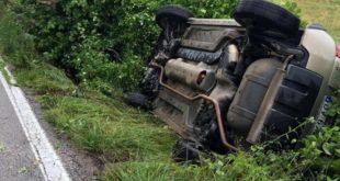 Gioia Sannitica / Piedimonte Matese – Auto nel canale, 22enne ferito alla fronte