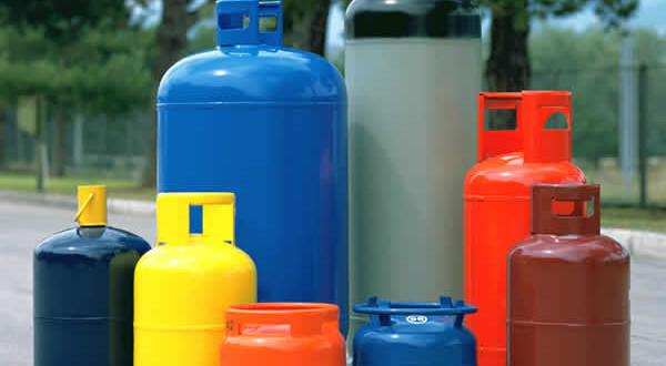 VAIRANO PATENORA – Deposito di gas irregolare, blitz della guardia di Finanza: scatta il sequestro