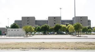 Santa Maria Capua Vetere – Carcere, scoppia nuova rivolta: 100 detenuti barricati nella zona passeggio. Polizia penitenziaria non interviene