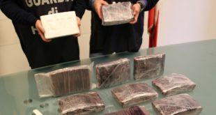 CARINARO – Traffico internazionale di droga: sequestrati 11kg di cocaina