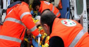 Santa Maria Capua Vetere – Investito dal treno, giovane perde una gamba