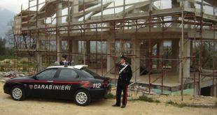 Roccamonfina – Abusi edilizi nella frazione Garofali, denunciato pensionato