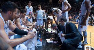 CASERTA – Basket, tutto facile per la Decò: supera Battipaglia e resta in vetta