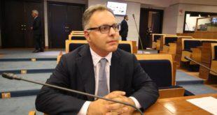 Napoli – Covid center Campania, indagati consigliere regionale e manager