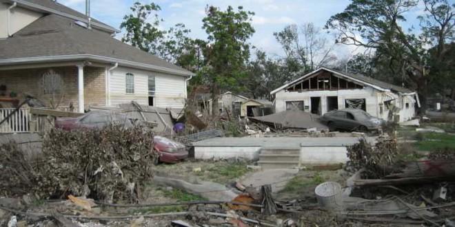 """CASERTA – Ecco il """"Katrina italiano"""": il vento aumenterà, Notte da incubo in tutta la Regione"""