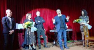 VAIRANO PATENORA – Nel nome di Antonio Simone, rivivono sulla scena gli antieroi di Viviani e De Filippo