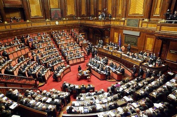 PIGNATARO MAGGIORE – La politica chiude le sezioni e scappa dalla piazza per chiudersi nei social