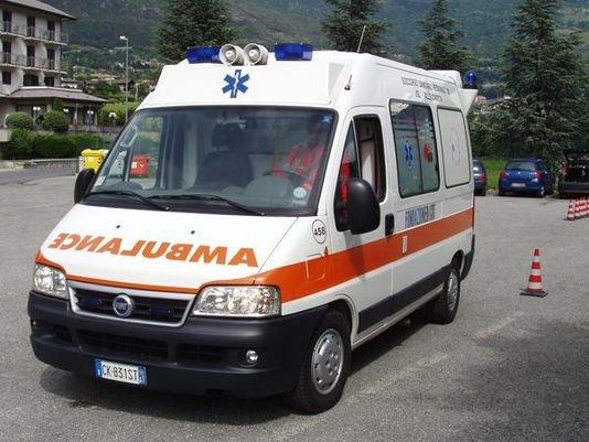 Sparanise – Operatrice 118 ricattata da un suo collega: lo denuncia e lo fa arrestare