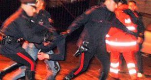 Sessa Aurunca / Portico – Rissa a Baia Domizia, accoltellato 19enne. 7 fermati: coinvolti figli di noti professionisti